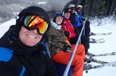 Met een bont gezelschap op wintersport